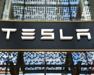 Why CIO of Major Investment Firm Says Tesla's Stock is Going to $4,000