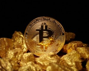Investors Flock to Gold in Stock Market Rout. Why Didn't Bitcoin Pop?