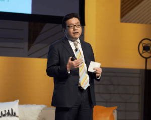 Bitcoin Could Break Through to a New High in 2019, Predicts Tom Lee