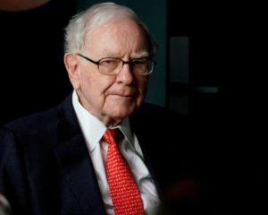 Billionaire Warren Buffett Is Predicting a Stock Market Crash; Is He Right?