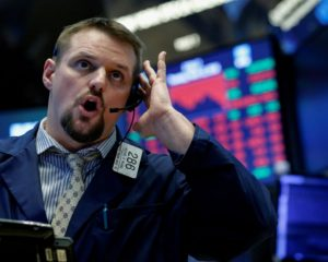 Dow Soars as Trump Dangles Deal to Distract from Giuliani Scandal