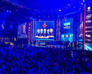League of Legends Championship Group Stage Pulls Insane 2 Million Viewers