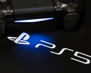 PlayStation 5 Reveal News Is Already Stealing Xbox's Series X Thunder