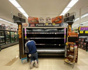 U.S. Futures Fall With Threat of Desperate Food Shortage Crisis