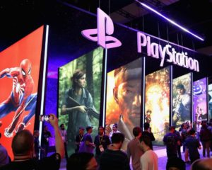 PlayStation 5's First 'Exclusive' Proves Xbox Cares More About Players