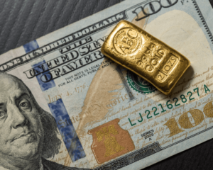 Here's Why Surging Gold Prices May Tee You Up for a Late-Year Plunge