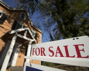 Here's Why the U.S. Real Estate Market Will Collapse in Big Cities First