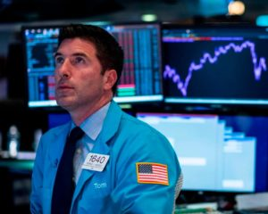 The Dow Barely Budged Because Wall Street Is Bracing for the Jobs Report