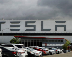 Big Tesla Bull Just Downgraded TSLA Stock. Here's Why