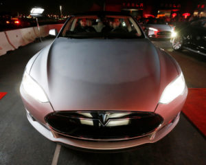 Tesla Could Become World's Most Valuable Company Before Bubble Bursts